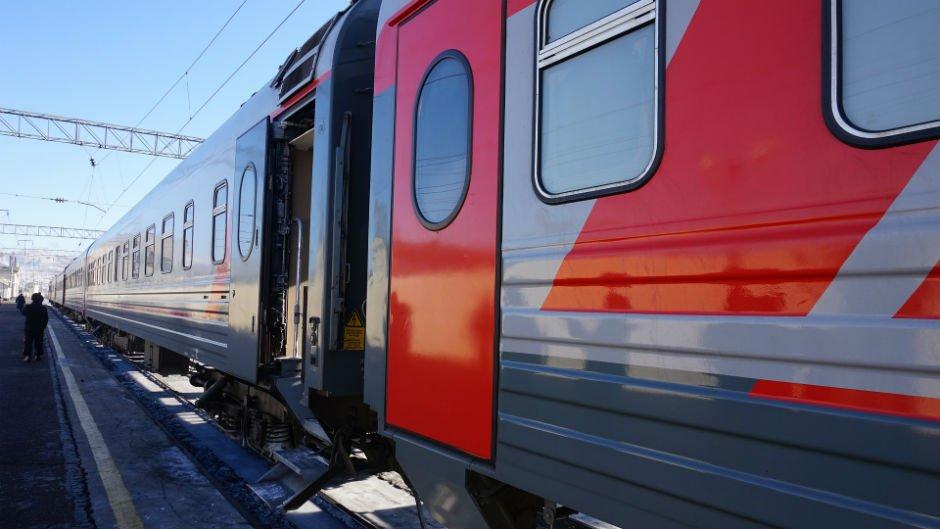 trans-siberian-train-pixabay-russia